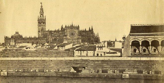 luis_masson-_interior_de_plaza_de_toros_y_catedral_de_sevilla-_1868_aprox